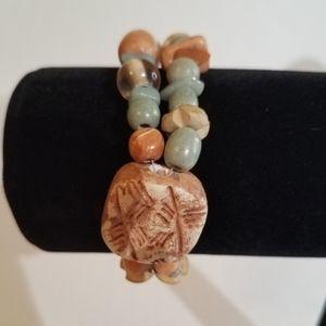 Stone bead bracelet j401